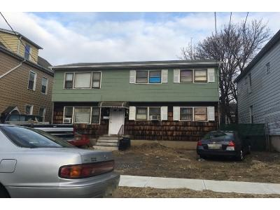 Halstead Ave, Wallington, NJ 07057