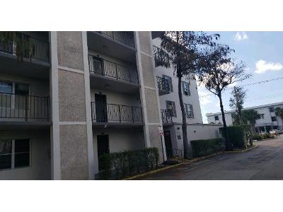 Nw-29th-ct-apt-327-Lauderdale-lakes-FL-33313