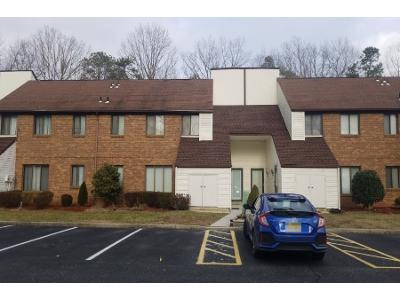 Country-oak-ln-#-o-18-Egg-harbor-township-NJ-08234