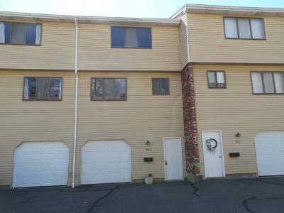 Churchill-dr-#-1704-Newington-CT-06111