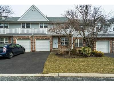 Springfield-cir-Central-islip-NY-11722