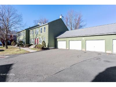 Riverview-dr-unit-b-East-windsor-CT-06088