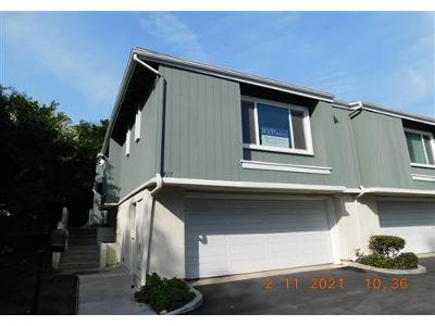 Timber-lk-#-40-Costa-mesa-CA-92626