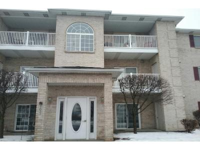 W-75th-pl-unit-17-Merrillville-IN-46410
