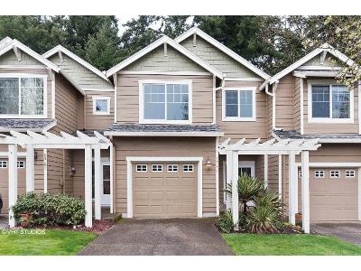 Hoodview-ave-West-linn-OR-97068