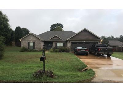Ridge-point-dr-Deatsville-AL-36022