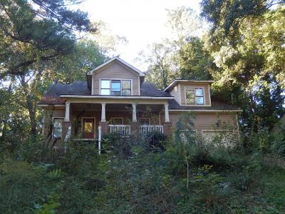 Wellswood-dr-se-Atlanta-GA-30315