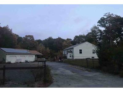 Woodland-rd-Sterling-CT-06377