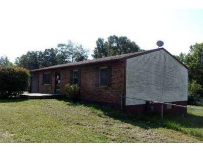 Hill-st-Radcliff-KY-40160