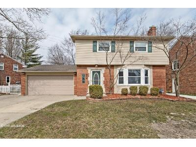 La-belle-rd-Grosse-pointe-farms-MI-48236