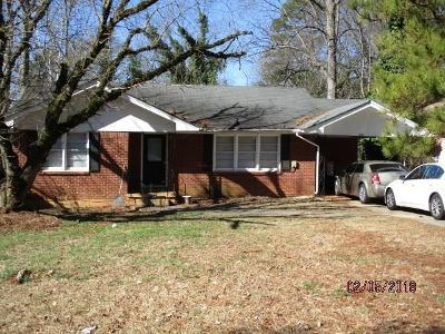 Pinedale-pl-Decatur-GA-30032