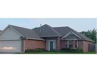 Pebble-creek-blvd-Edmond-OK-73003
