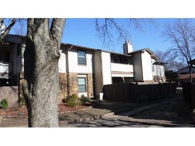 S-80th-east-ave-apt-f-Tulsa-OK-74133