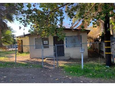 Daly-ave-Riverside-CA-92509