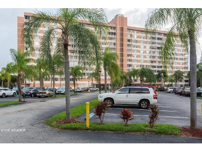 Washington-st-#-814-Hollywood-FL-33021