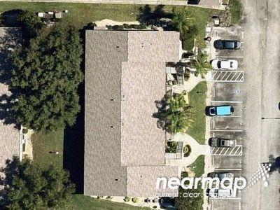 Foxlake-dr-apt-7-North-fort-myers-FL-33917