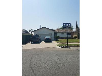 Stratford-way-Hanford-CA-93230