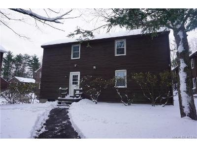 Old-farms-rd-apt-8b-Avon-CT-06001