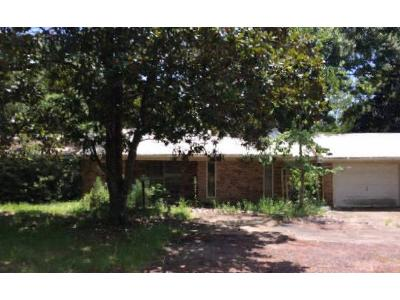 Bienville-blvd-Ocean-springs-MS-39564