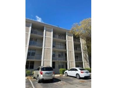 Nw-29th-ct-apt-130-Lauderdale-lakes-FL-33313
