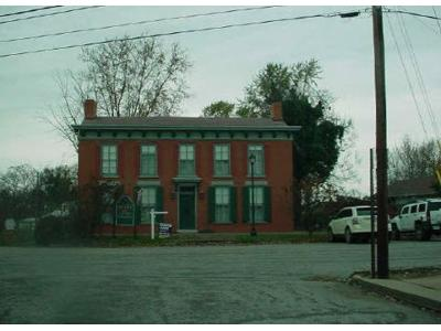 W-st-Bedford-KY-40006