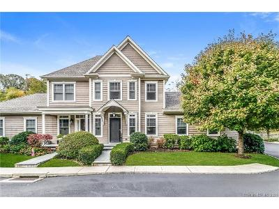 Colonial-village-cir-#-102-Trumbull-CT-06611