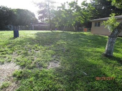 Nw-39th-pl-Miami-gardens-FL-33054