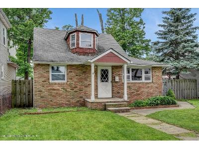 Cottage-pl-Keansburg-NJ-07734