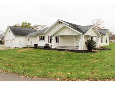 S-sycamore-street-Wheatland-IN-47597
