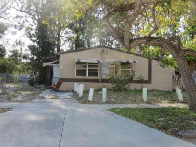 Pinewood-ave-West-palm-beach-FL-33407