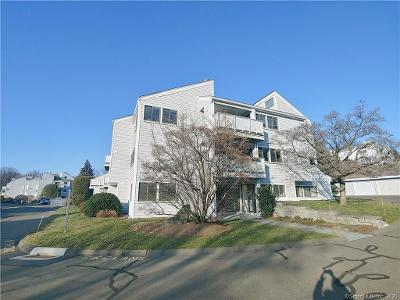 Rowayton-woods-dr-#-59-Norwalk-CT-06854
