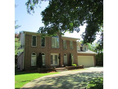 S-oxford-rd-Grosse-pointe-woods-MI-48236