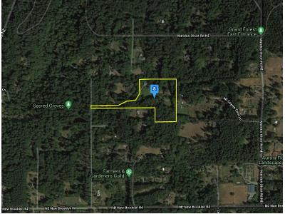 Holly-farm-ln-ne-Bainbridge-island-WA-98110