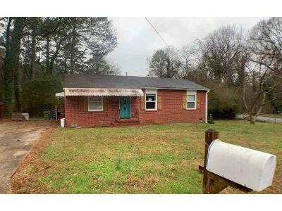 Banberry-dr-se-Atlanta-GA-30315