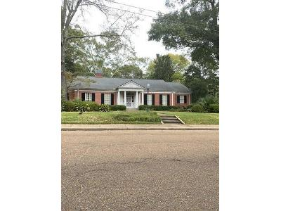 Meadowbrook-rd-Jackson-MS-39206