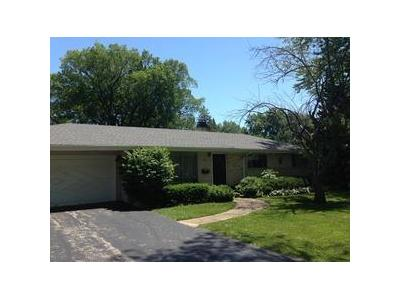 Cottonwood-rd-Northbrook-IL-60062