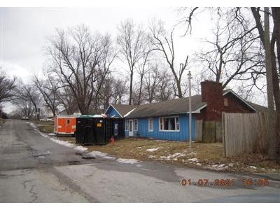 Troost-ave-Kansas-city-MO-64131
