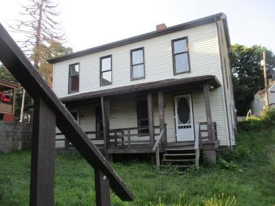 519-liberty-ave-Donora-PA-15033