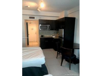 Collins-ave-apt-511-Miami-beach-FL-33141