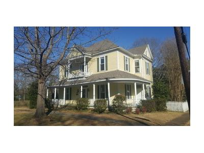 S-hickory-st-Aberdeen-MS-39730