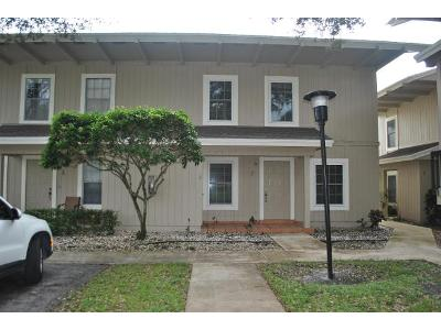 Se-wood-haven-ln-apt-f-Tequesta-FL-33469