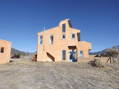 Archuleta-road-Arroyo-seco-NM-87514