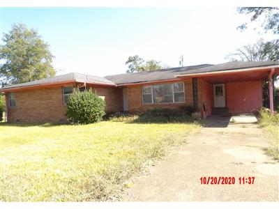 Lincoln-pl-Clarksdale-MS-38614