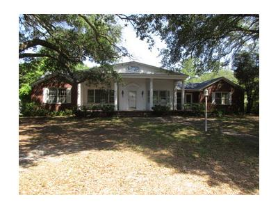 Thompson-st-Walterboro-SC-29488