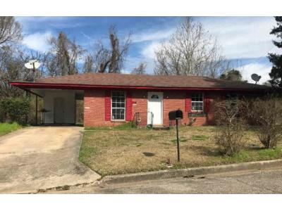 Greenview-dr-Vicksburg-MS-39183