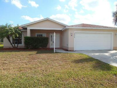 Las Palmas Way, Port Saint Lucie, FL 34952