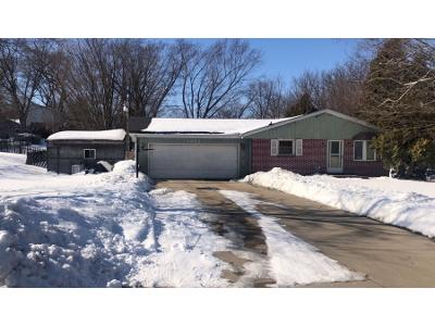 Walsh-acres-dr-West-bend-WI-53095