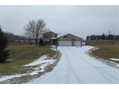 256th-ave-nw-Zimmerman-MN-55398