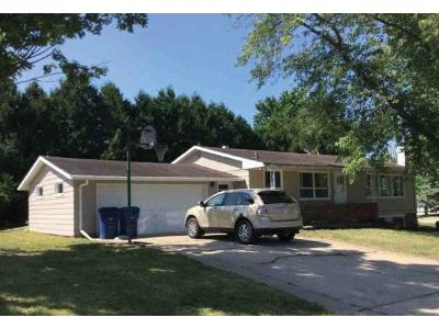 Grove-st-Clintonville-WI-54929
