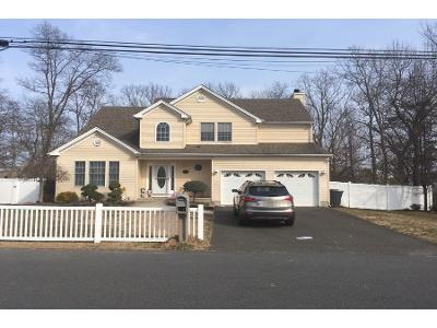 Holly-village-ln-Toms-river-NJ-08753